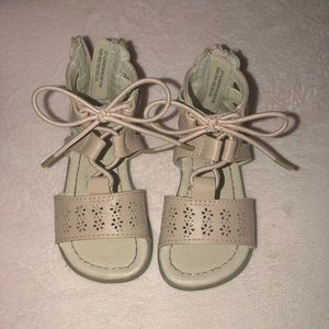 Toddlers Sandals size 4
